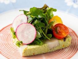 季節の食材で丁寧に作られる前菜  ※お料理はイメージです。